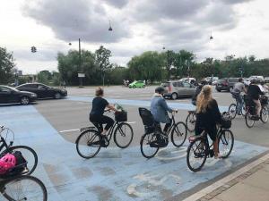 Bemerkenswerte Radverkehrsführung: in Kopenhagen wird viel innovatives ausprobiert und umgesetzt
