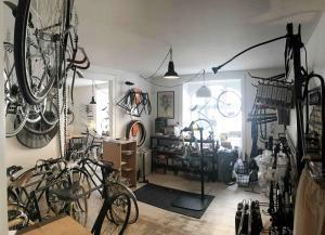 Fahrrad-Café: selbst mir wurde es manchmal schon ein bisschen viel ;-)